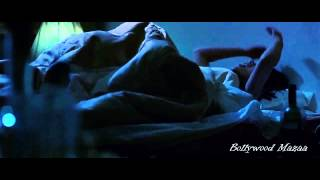 getlinkyoutube.com-Imran Khan Kiss Poorna Jagannathan In The Bed -Delhi Belly 2011