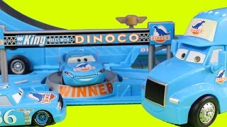 getlinkyoutube.com-Disney Pixar Cars Drop & Jump Playset Dinoco Hauler With Lightning McQueen & Chick Hicks