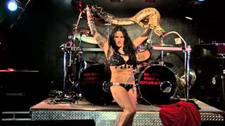 getlinkyoutube.com-Jenevieve the serpentine sorceress doing Salma from dusk till dawn
