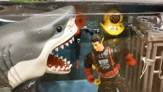 getlinkyoutube.com-shark toys at the toy store surprise toy box review
