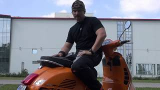 getlinkyoutube.com-Vespa GTS 300 Super Sport Remus Test Soundcheck