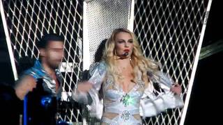 getlinkyoutube.com-Britney Spears  Intro - Hold It Against Me @ Caracas - Venezuela