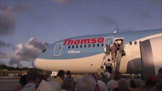 getlinkyoutube.com-Thomson Boeing 787-8 Dreamliner | Departure from Barbados