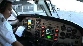 getlinkyoutube.com-ENGINES START AND TAXI KING AIR 90 (READ DESCRIPTION PLEASE)