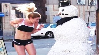 getlinkyoutube.com-Scary Snowman Prank *Most Epic Crazy Reactions*