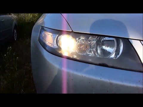 Замена галогенной лампы ближнего света фар на Хонда Аккорд 7.