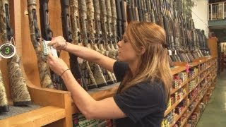 getlinkyoutube.com-Go large! USA gun shops - watch and weep
