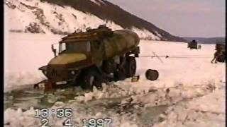 getlinkyoutube.com-Дальнобойщики Олекминска. Часть 3(зимник, апрель 1997)