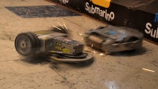 getlinkyoutube.com-Apolkalipse vs. Touro Classic - Ultimate Robot Combat 2015
