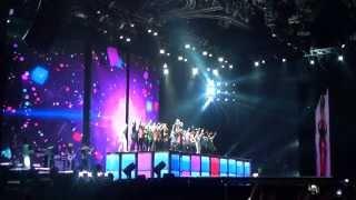 getlinkyoutube.com-Madonna: cierre segundo concierto Medellin- Colombia 2012