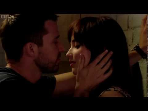 EastEnders Lauren and Ryan kiss [HD]