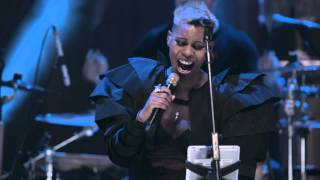 getlinkyoutube.com-Skunk Anansie-You Do Something To Me (Live In London An Acoustic)