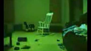 getlinkyoutube.com-observa la silla videos de terror