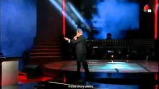 getlinkyoutube.com-Televisa Parodiando Albero Vazquez Vs Ricardo Montaner