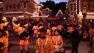 getlinkyoutube.com-Kyoto Tachibana HS Band - Disneyland 2011