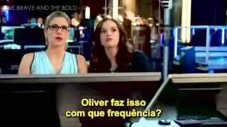 getlinkyoutube.com-Oliver and Felicity - 1x08 and 3x08 - ARROW/FLASH (Olicity) - Legendado