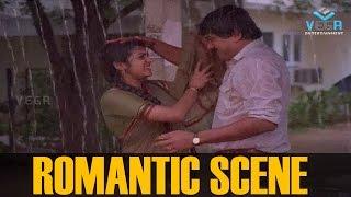 Parvathy and Jayaram Romantic Scene ||  Shubhayathra