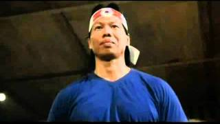 getlinkyoutube.com-Bruce Lee and Bolo Yeung on Boards and Bricks