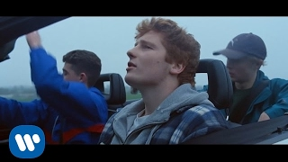 getlinkyoutube.com-Ed Sheeran - Castle On The Hill [Official Video]