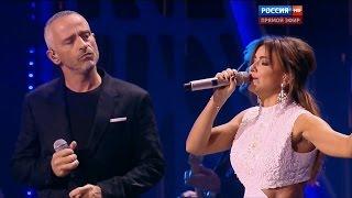 getlinkyoutube.com-Ани Лорак и Eros Ramazzotti - Piu Che Puoi (фестиваль Новая Волна 2015, 03.10.2015, HD)
