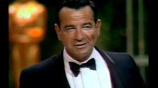 getlinkyoutube.com-Walter Matthau Wins Supporting Actor: 1967 Oscars