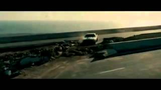 getlinkyoutube.com-Velozes e Furiosos 6 - Perseguição ao tanque de guerra, cena completa DUBLADO