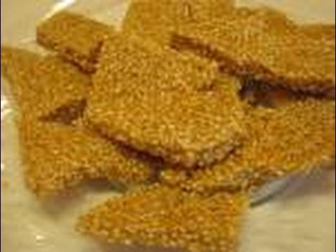 Betty's Sweet and Crunchy Sesame Seed Brittle Recipe