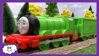 getlinkyoutube.com-Thomas and Friends Talking Henry Trackmaster Toy For Trackmaster Kids Train Set