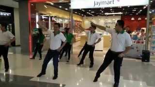 "getlinkyoutube.com-""CEO OPPO""  OPPO Dance at Central Lampang :D"