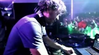 getlinkyoutube.com-Benny Benassi vs Iggy Pop Electro Sixteen ft LA FAROLA NIGHT DANCE