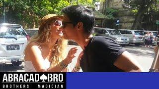 getlinkyoutube.com-Cara Dapat Ciuman dan Nomor Hp Cewek di INDONESIA ( KISSING PRANK )
