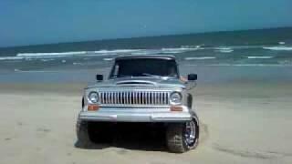 getlinkyoutube.com-My Jeep J10 on the beach! Wana buy it?????
