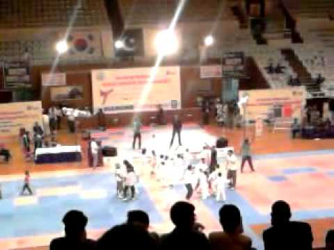 Ki karan day ho live concerts at islamabad sports club.mp4