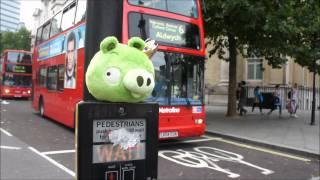 getlinkyoutube.com-Angry Birds visit London!