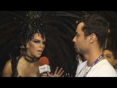 Carnaval 2014: Mariana Rios desfila como Rainha de Bateria da Mocidade