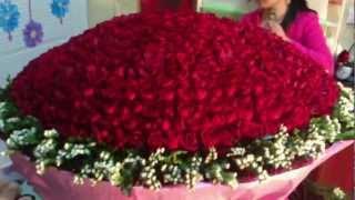 getlinkyoutube.com-Bó hoa 999 bông hồng đỏ đẹp tuyệt vời tại dienhoalily.com - lớp dạy cắm hoa.