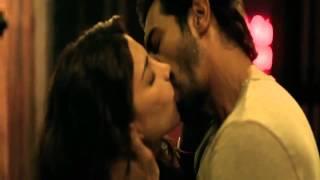 getlinkyoutube.com-Must Watch | Shruti Hassan | Hot Kissing Scene | D Day | HD 720p