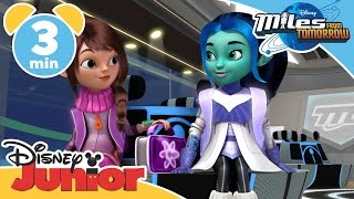 getlinkyoutube.com-Miles From Tomorrow | The First Day Of Galactic School  | Disney Junior UK