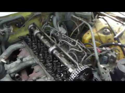 Расположение у Mercedes Sprinter маслосъемных колпачков