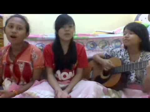 Janjimu seperti fajar Cover By: Felice, Angel, Gracia