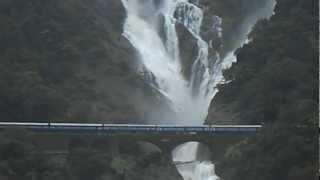getlinkyoutube.com-Indian Railways : Amaravathi express Passing Dudhsagar falls- Taken from View point