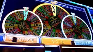 getlinkyoutube.com-Wheel of Fortune Triple Spin Slot Machine Bonus Win (queenslots)