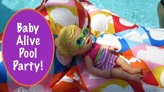 getlinkyoutube.com-Baby Alive Pool Party!
