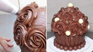 getlinkyoutube.com-Giant Chocolate Cupcake. Birthday Cake Ideas by CakesStepbyStep