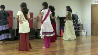getlinkyoutube.com-Radha on the Dance Floor & Gun Gun Guna Re Dance