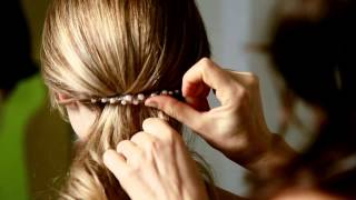 getlinkyoutube.com-Combs - 6 different hairstyles - the Colette Malouf way