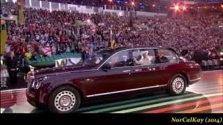 """getlinkyoutube.com-Susan Boyle ushered in The Queen w/""""Mull Of Kintyre"""" - 2014 Commonwealth Games Opening Ceremony"""