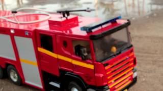 getlinkyoutube.com-Realistic RC experience - 1/14 Scale Scania fire truck Fire Emergency Response
