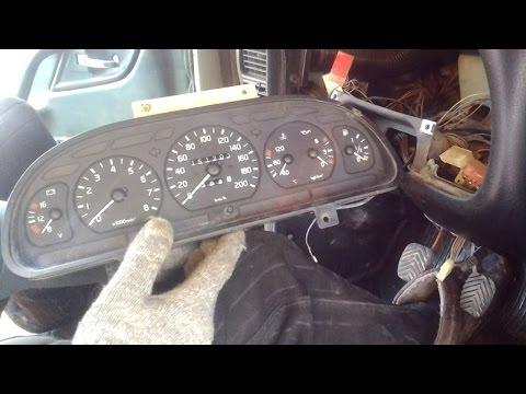 Снятие рулевой колонки и панели приборов ГАЗ 31105