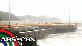 getlinkyoutube.com-Waves batter Dingalan, Aurora; hundreds flee